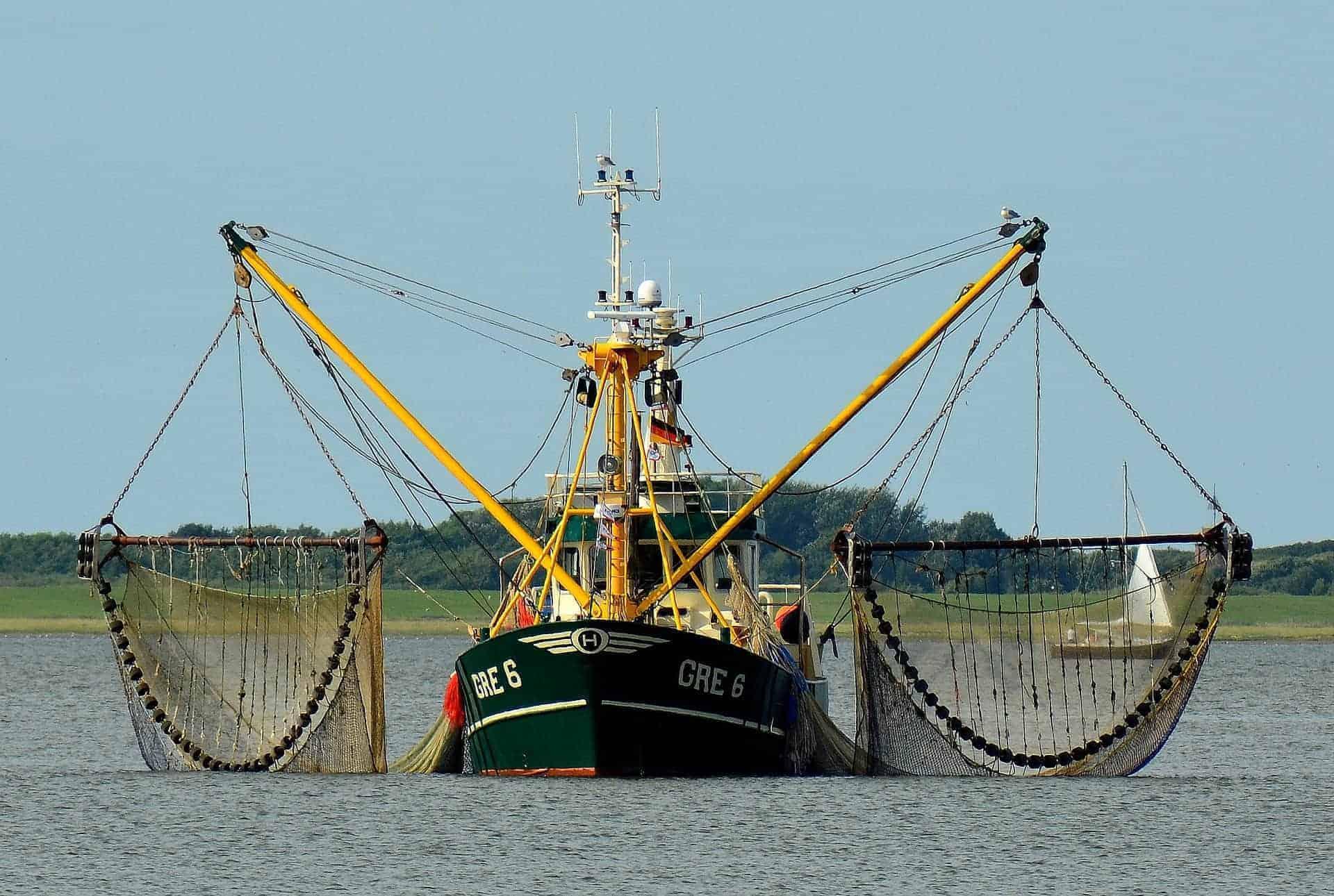 fishing vessel equipment selection